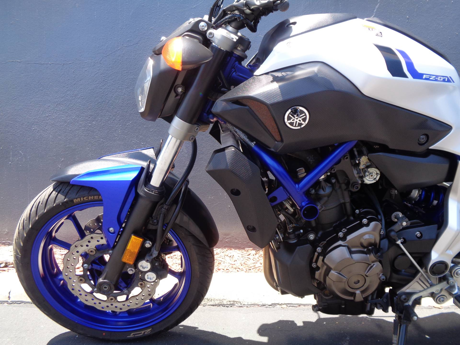 2016 Yamaha FZ-07 in Chula Vista, California - Photo 14