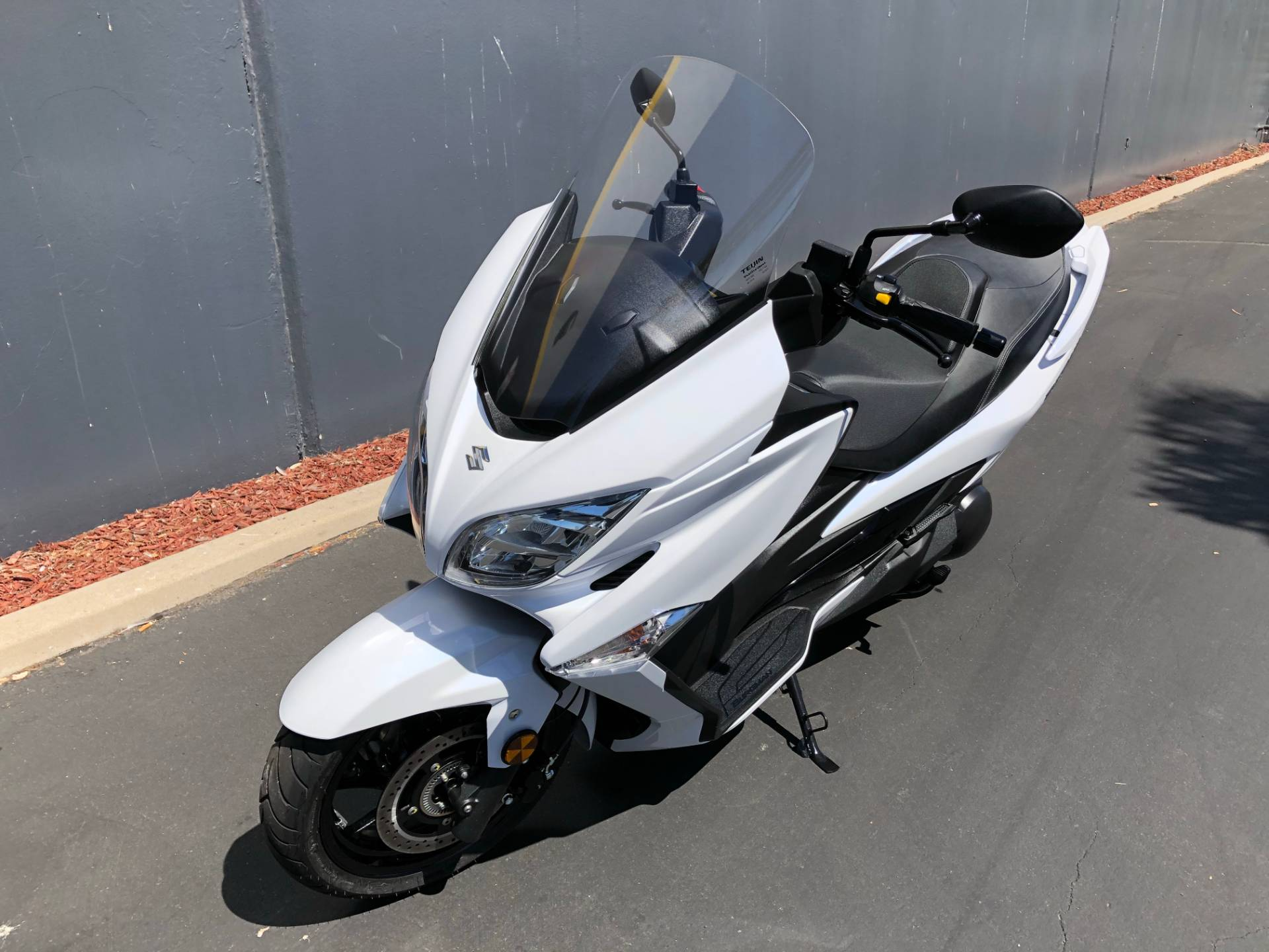 2018 Suzuki Burgman 400 ABS in Chula Vista, California - Photo 9