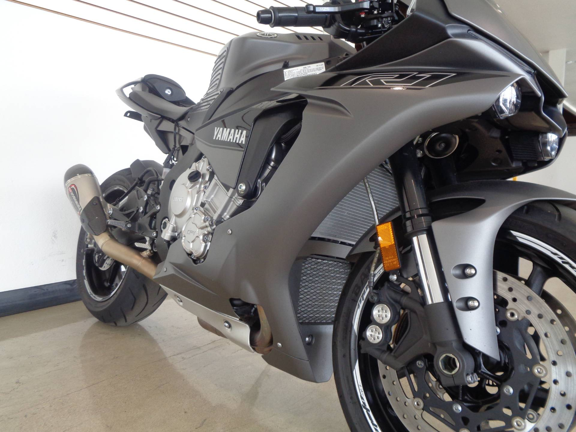 2016 Yamaha YZF-R1S in Chula Vista, California - Photo 15