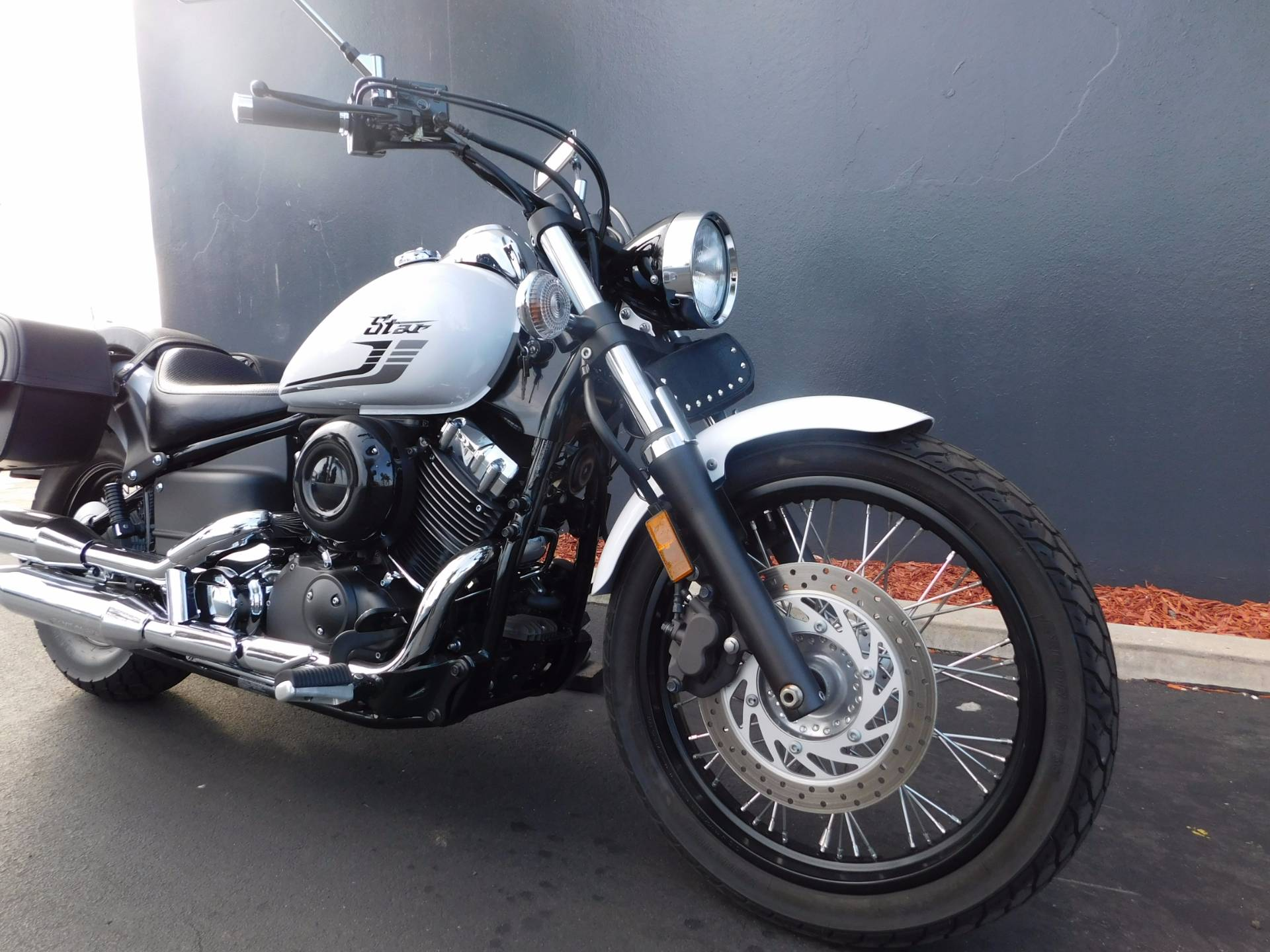 2016 Yamaha V Star 650 Custom in Chula Vista, California - Photo 11