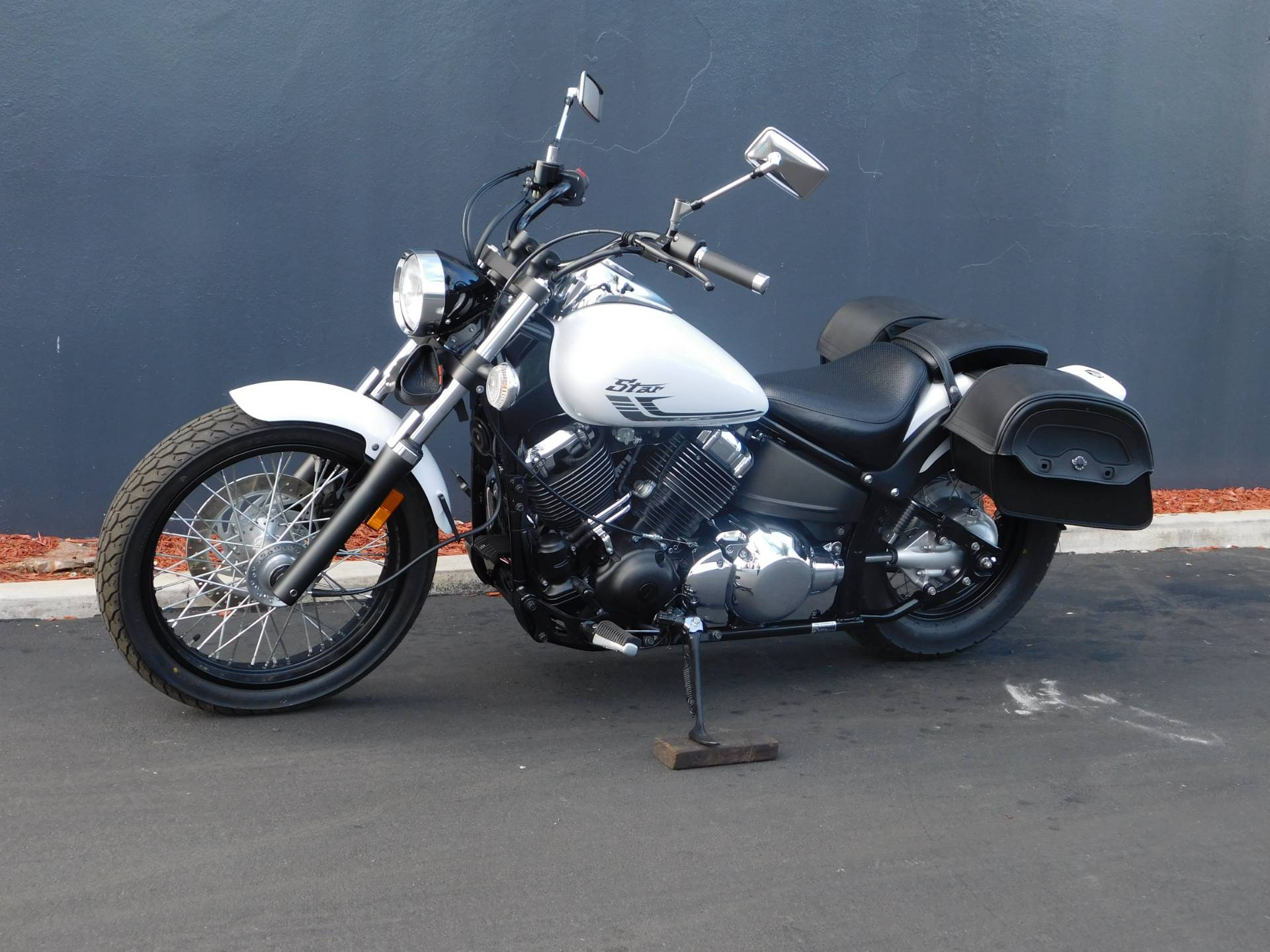 2016 Yamaha V Star 650 Custom in Chula Vista, California - Photo 14