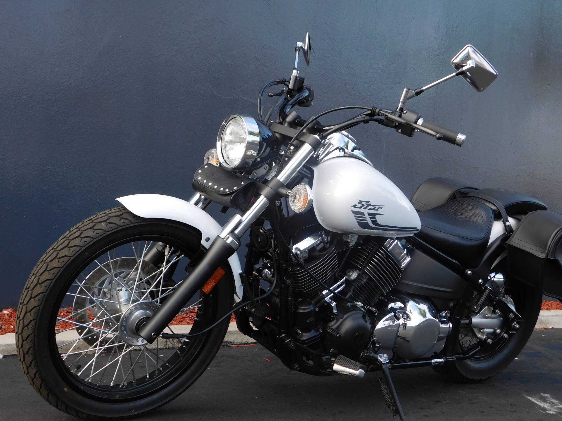 2016 Yamaha V Star 650 Custom in Chula Vista, California - Photo 15