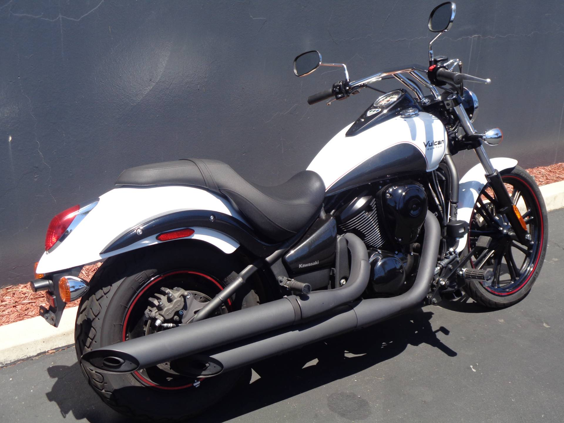 2016 Kawasaki Vulcan 900 Custom in Chula Vista, California - Photo 3