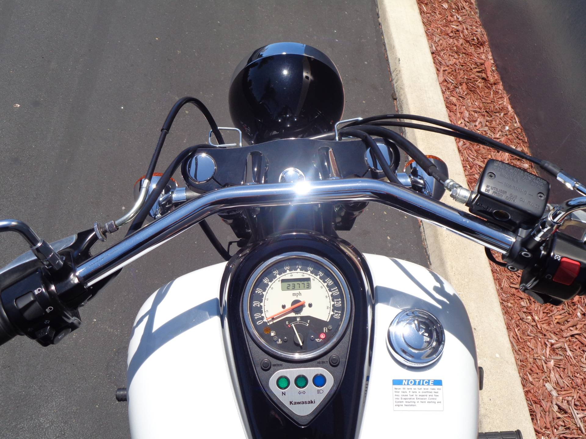 2016 Kawasaki Vulcan 900 Custom in Chula Vista, California - Photo 24