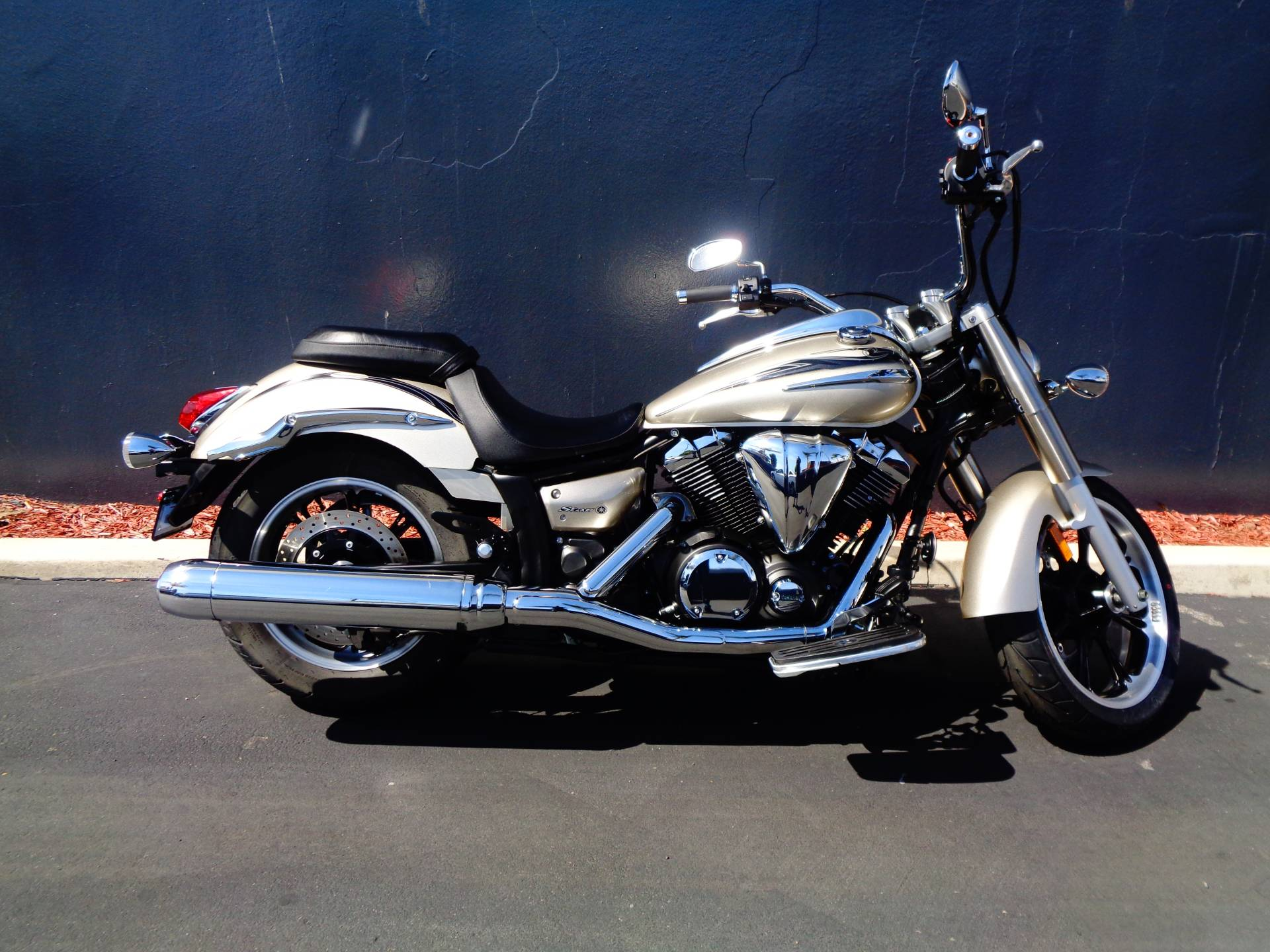 2010 Yamaha V Star 950 Tourer in Chula Vista, California - Photo 1