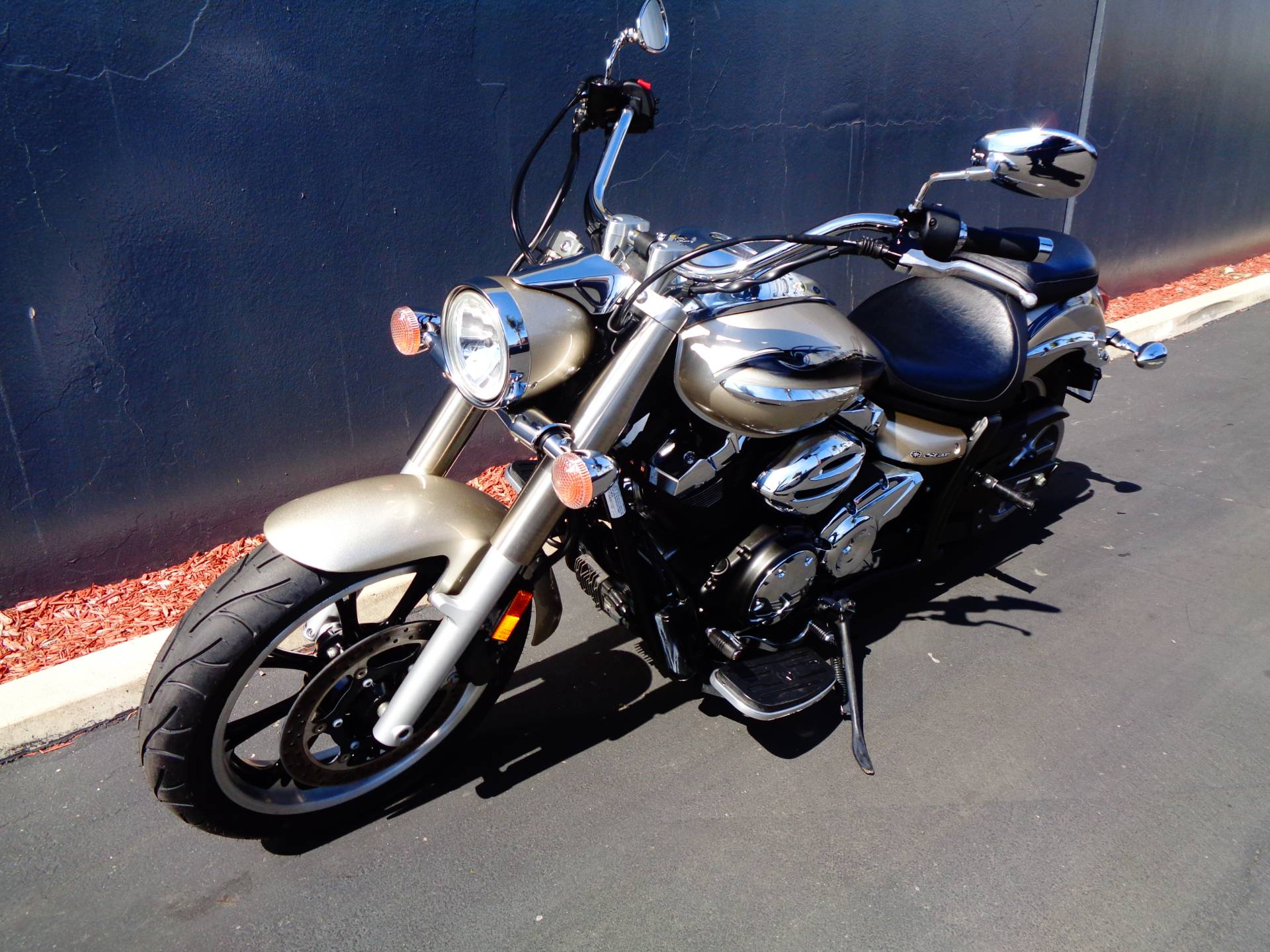 2010 Yamaha V Star 950 Tourer in Chula Vista, California - Photo 12