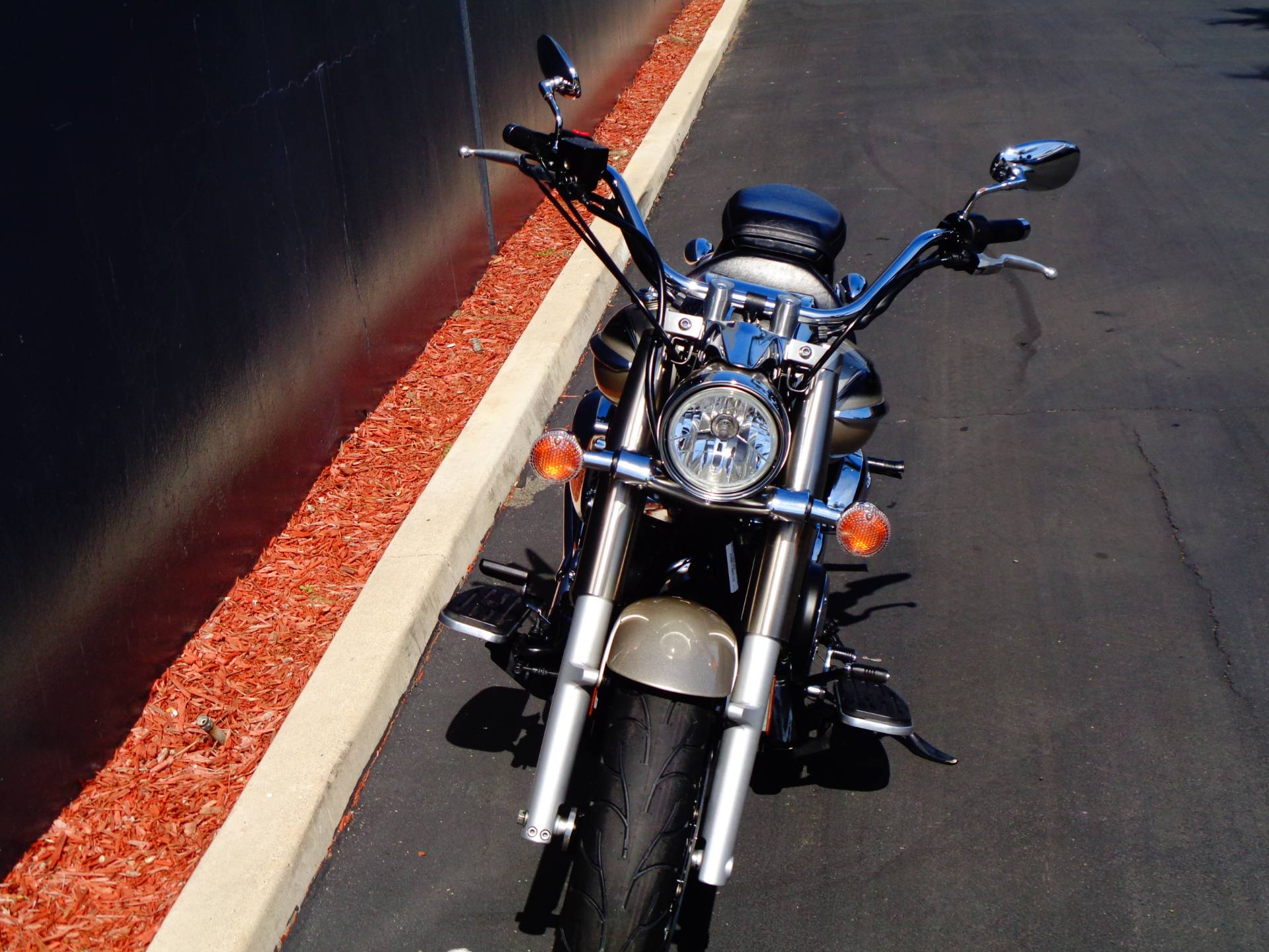 2010 Yamaha V Star 950 Tourer in Chula Vista, California - Photo 13