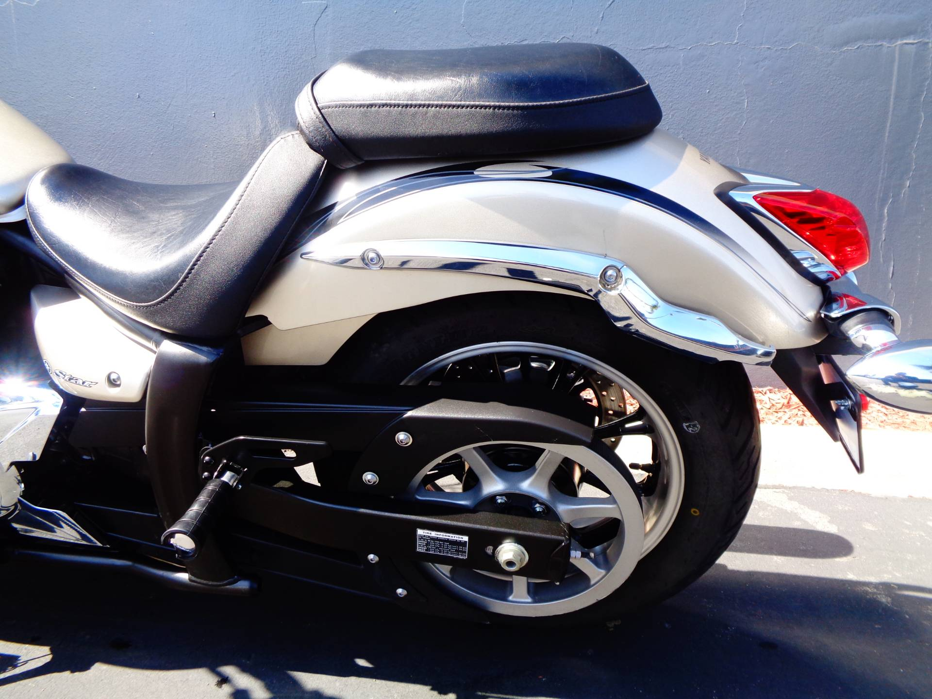 2010 Yamaha V Star 950 Tourer in Chula Vista, California - Photo 17