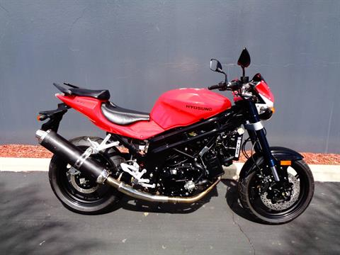 2010 Hyosung GT650 in Chula Vista, California - Photo 1