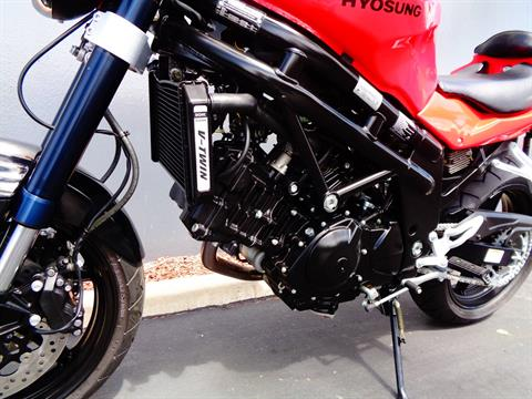 2010 Hyosung GT650 in Chula Vista, California - Photo 12