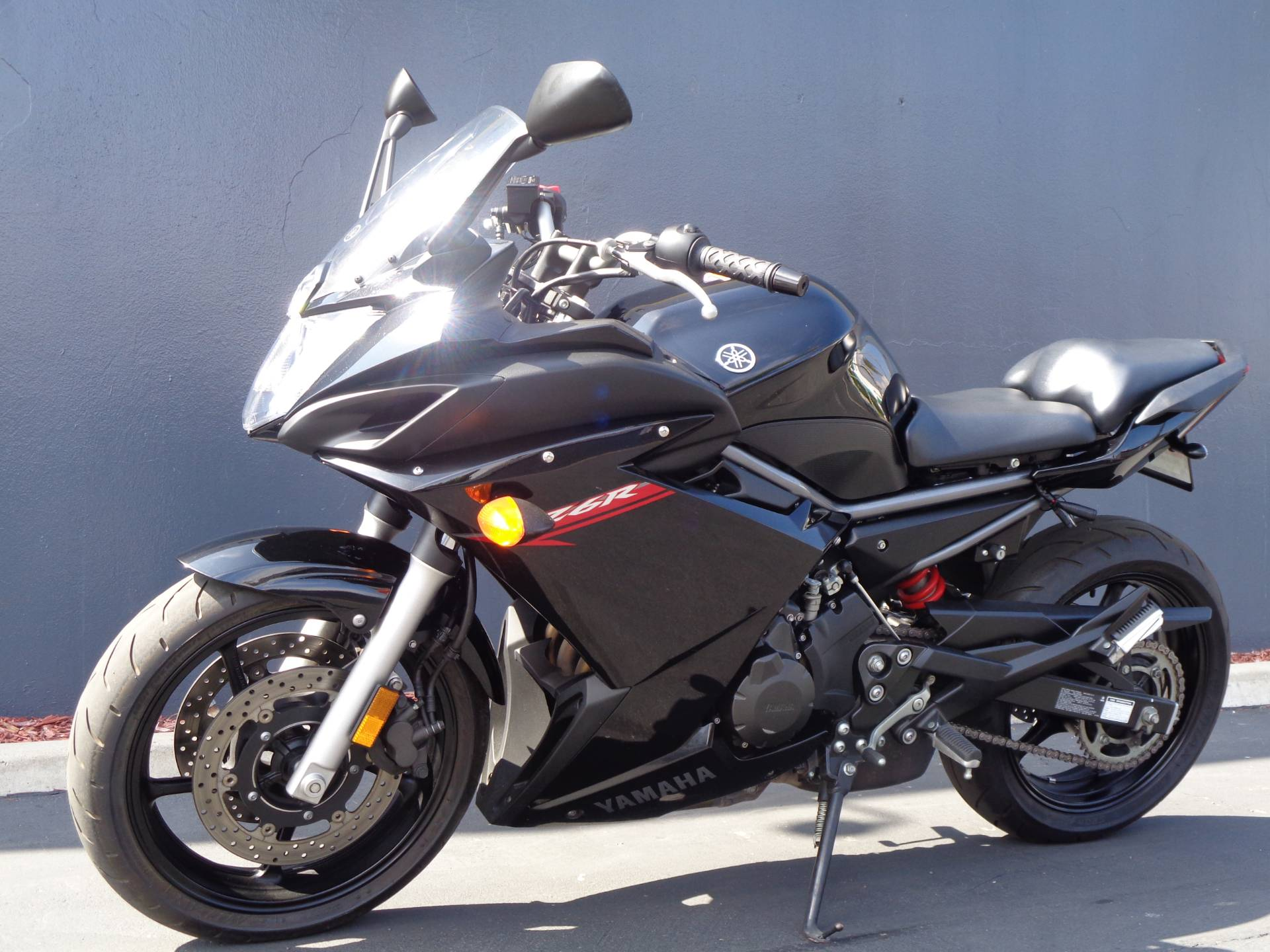2011 Yamaha FZ6R in Chula Vista, California - Photo 11