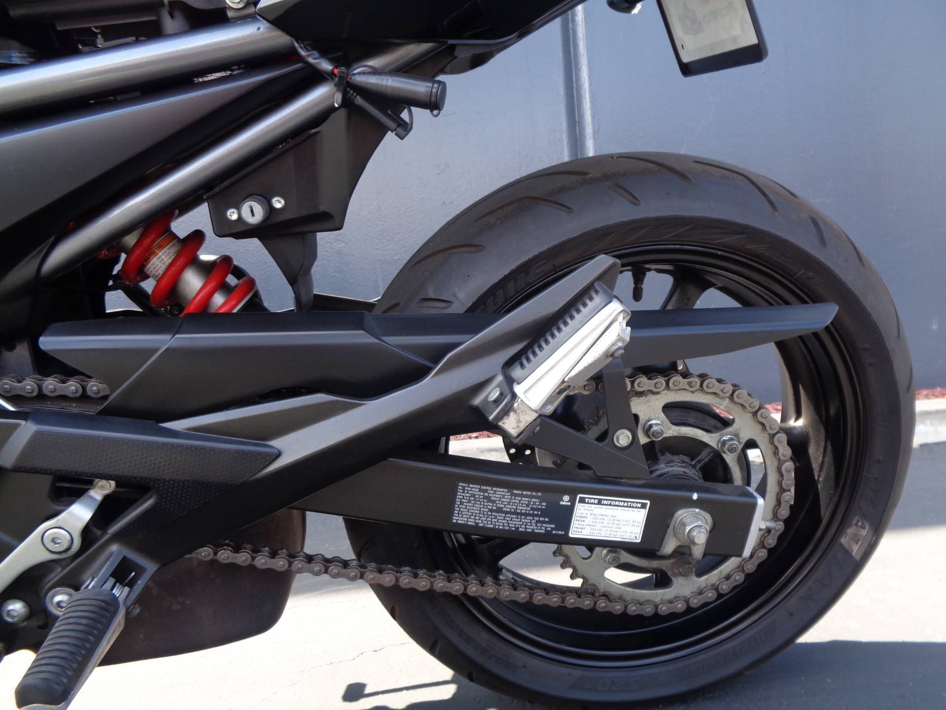 2011 Yamaha FZ6R in Chula Vista, California - Photo 16