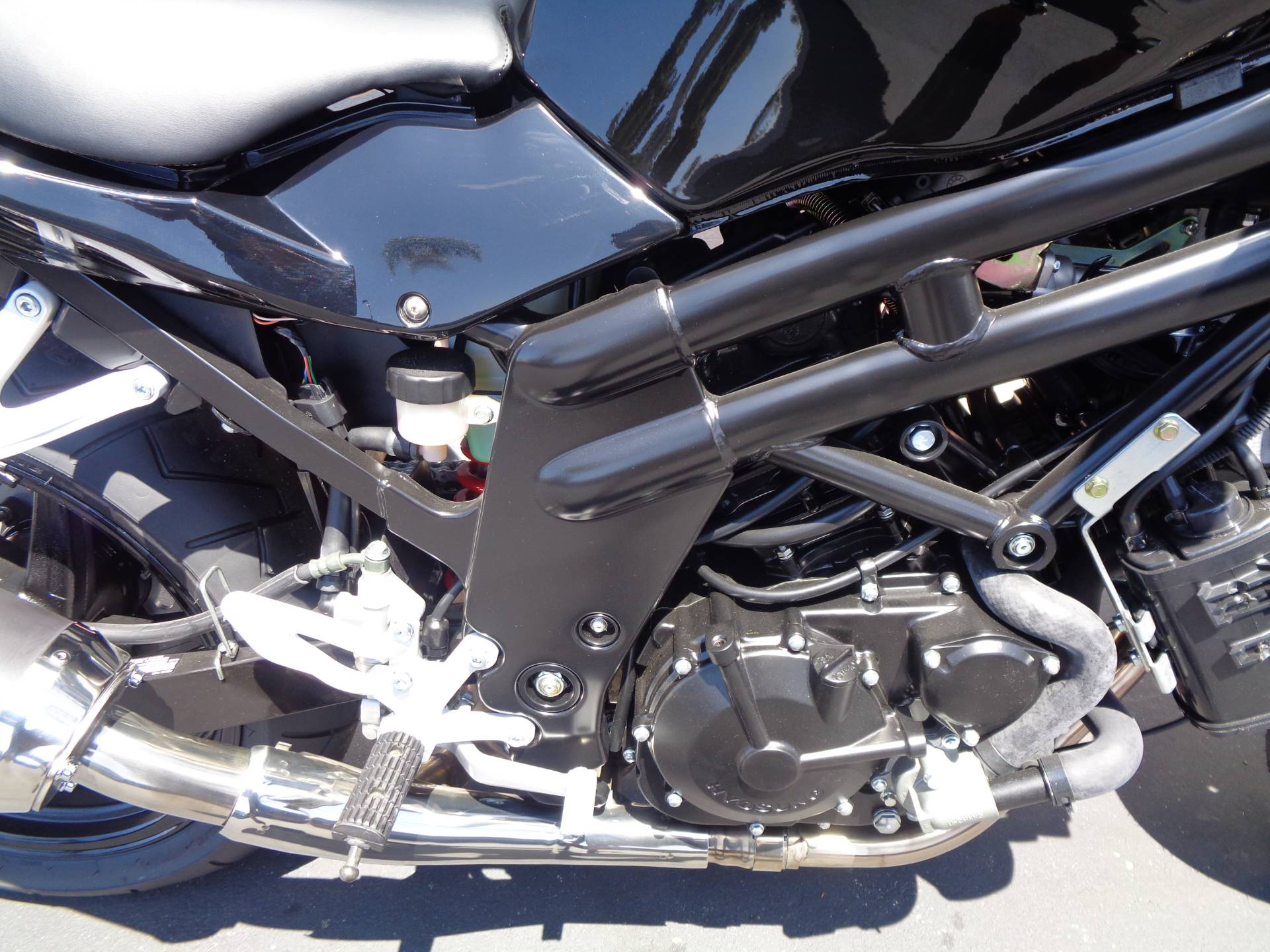 2015 Hyosung GT650 in Chula Vista, California - Photo 7