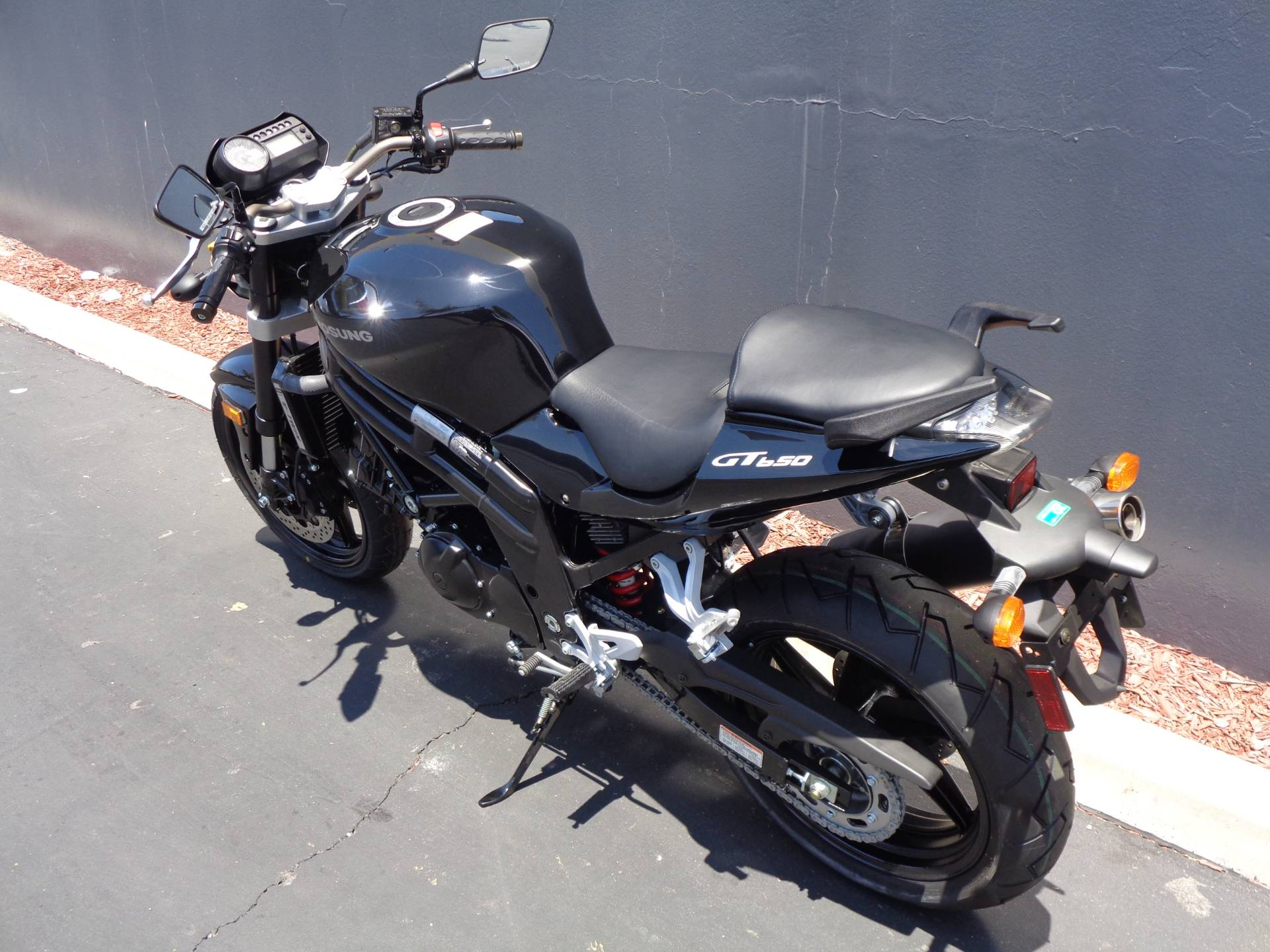 2015 Hyosung GT650 in Chula Vista, California - Photo 11