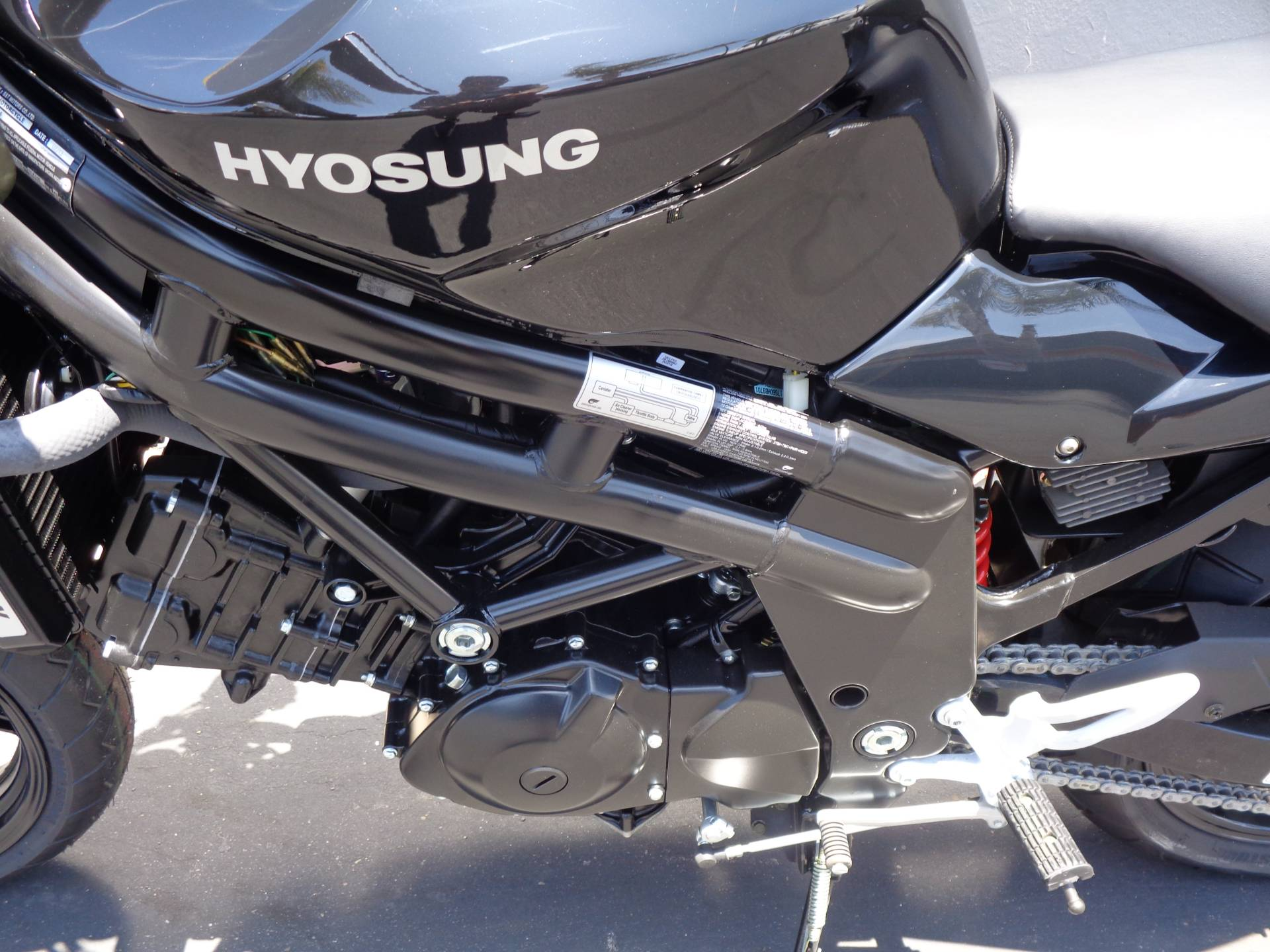 2015 Hyosung GT650 in Chula Vista, California - Photo 16