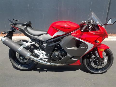 2015 Hyosung GT650R in Chula Vista, California - Photo 1