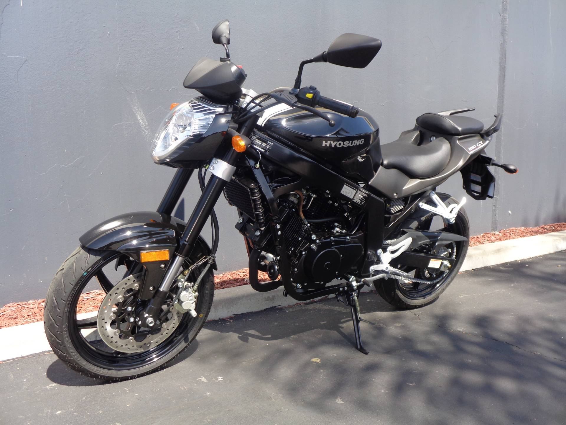 2016 Hyosung GT250 in Chula Vista, California - Photo 14