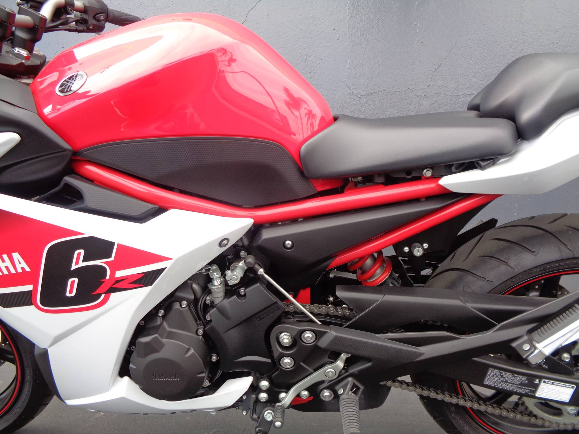 2014 Yamaha FZ6R in Chula Vista, California - Photo 14
