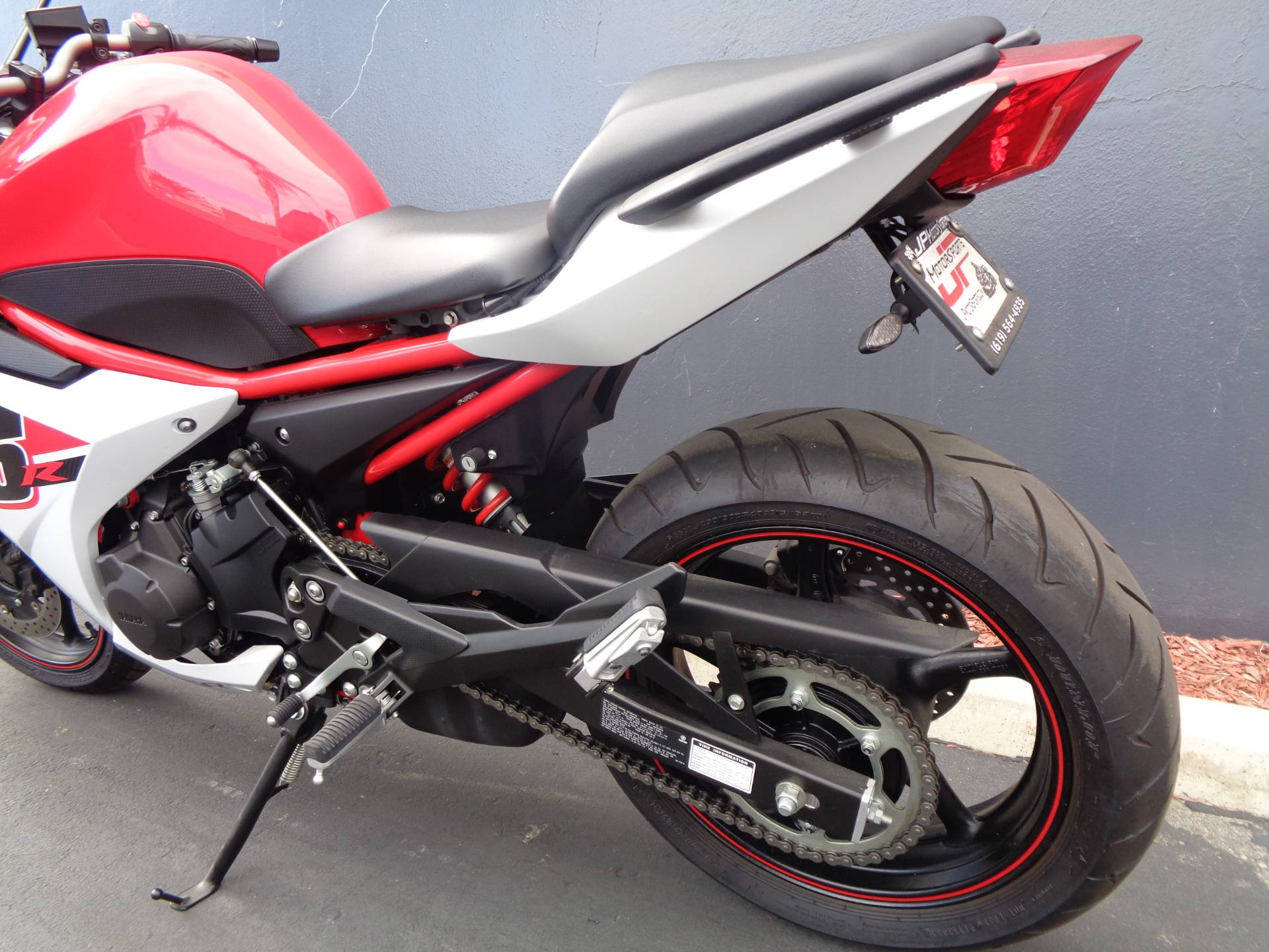 2014 Yamaha FZ6R in Chula Vista, California - Photo 15