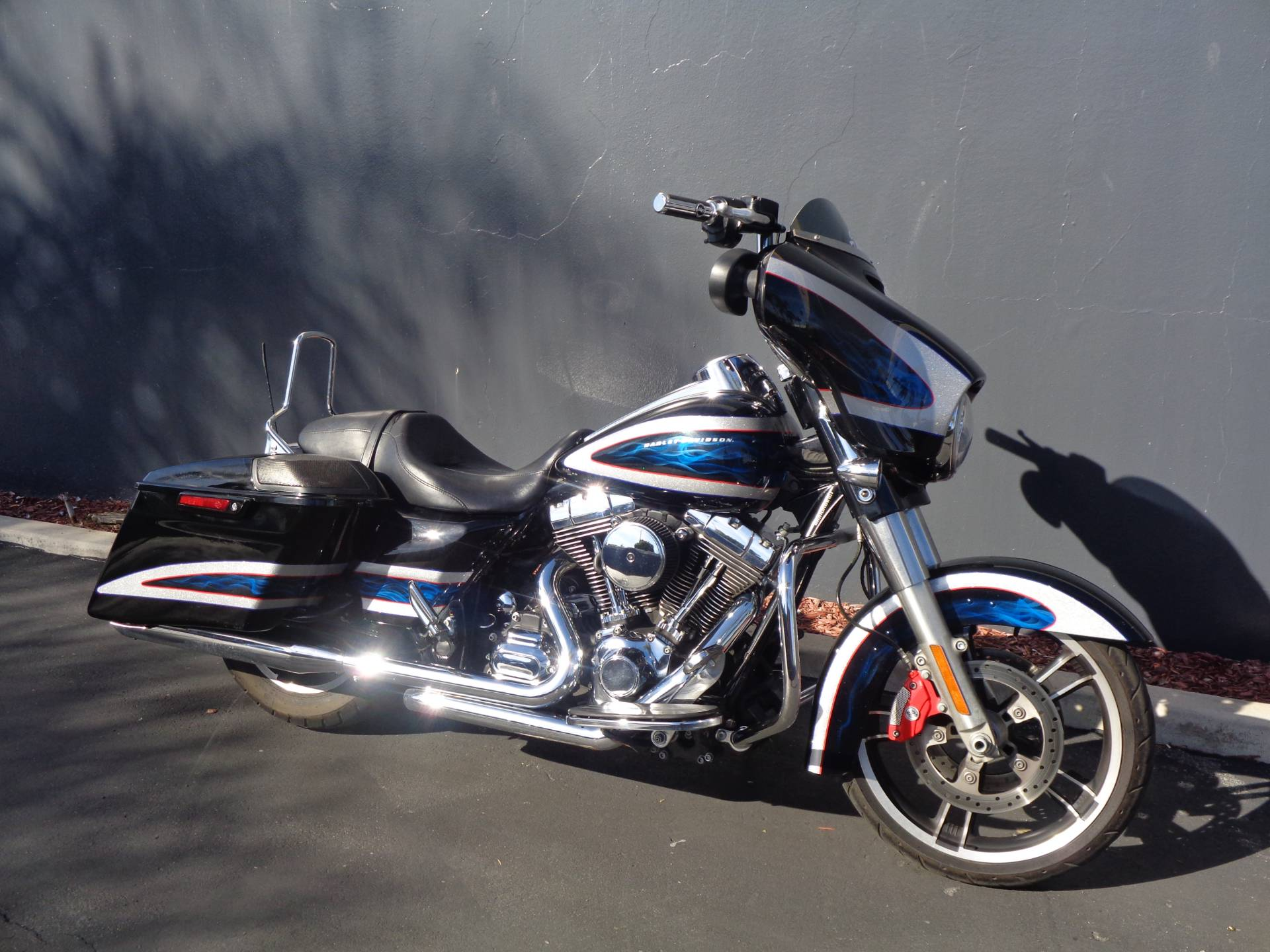 2014 Harley-Davidson Street Glide® Special in Chula Vista, California - Photo 2