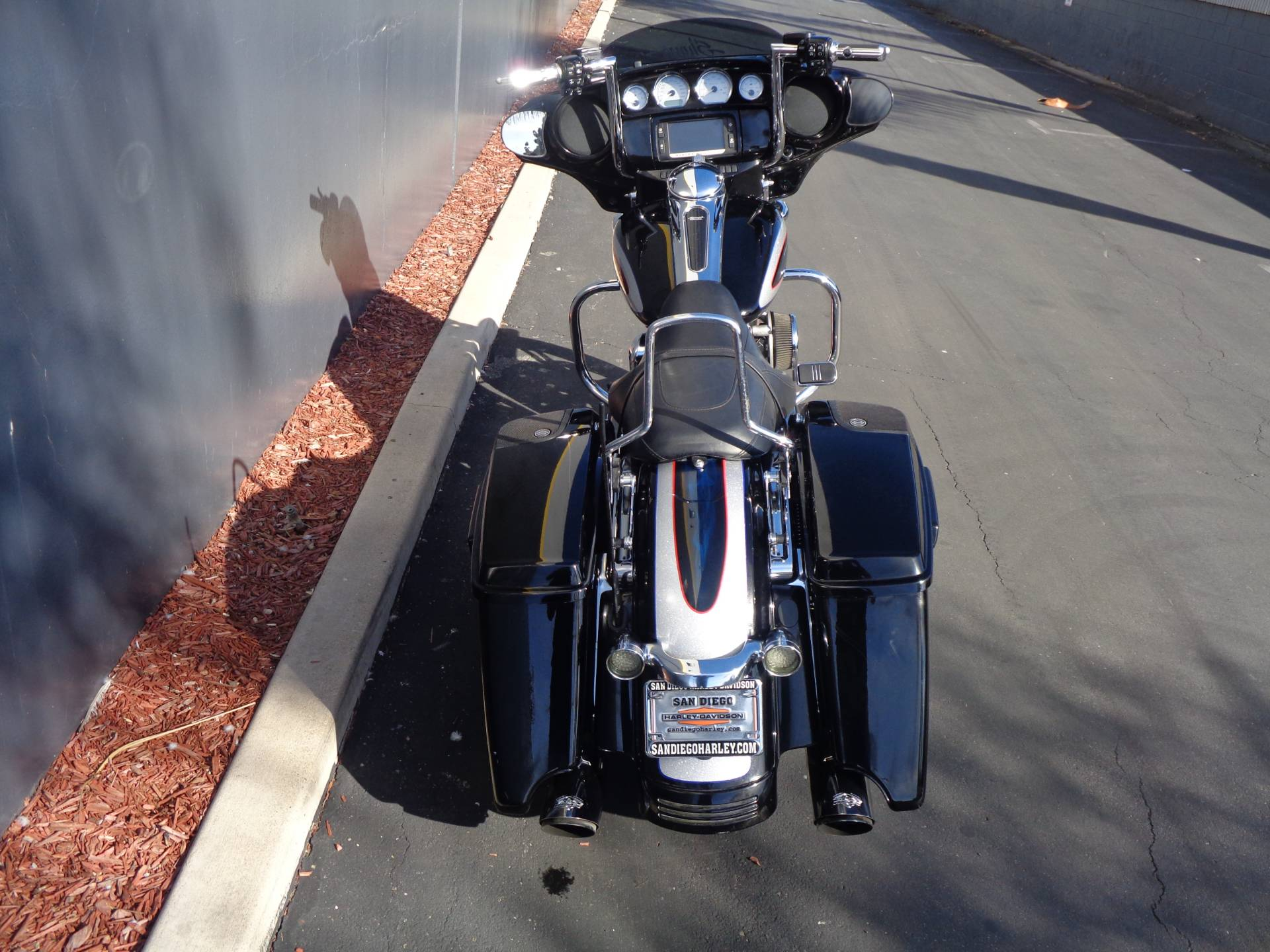 2014 Harley-Davidson Street Glide® Special in Chula Vista, California - Photo 4