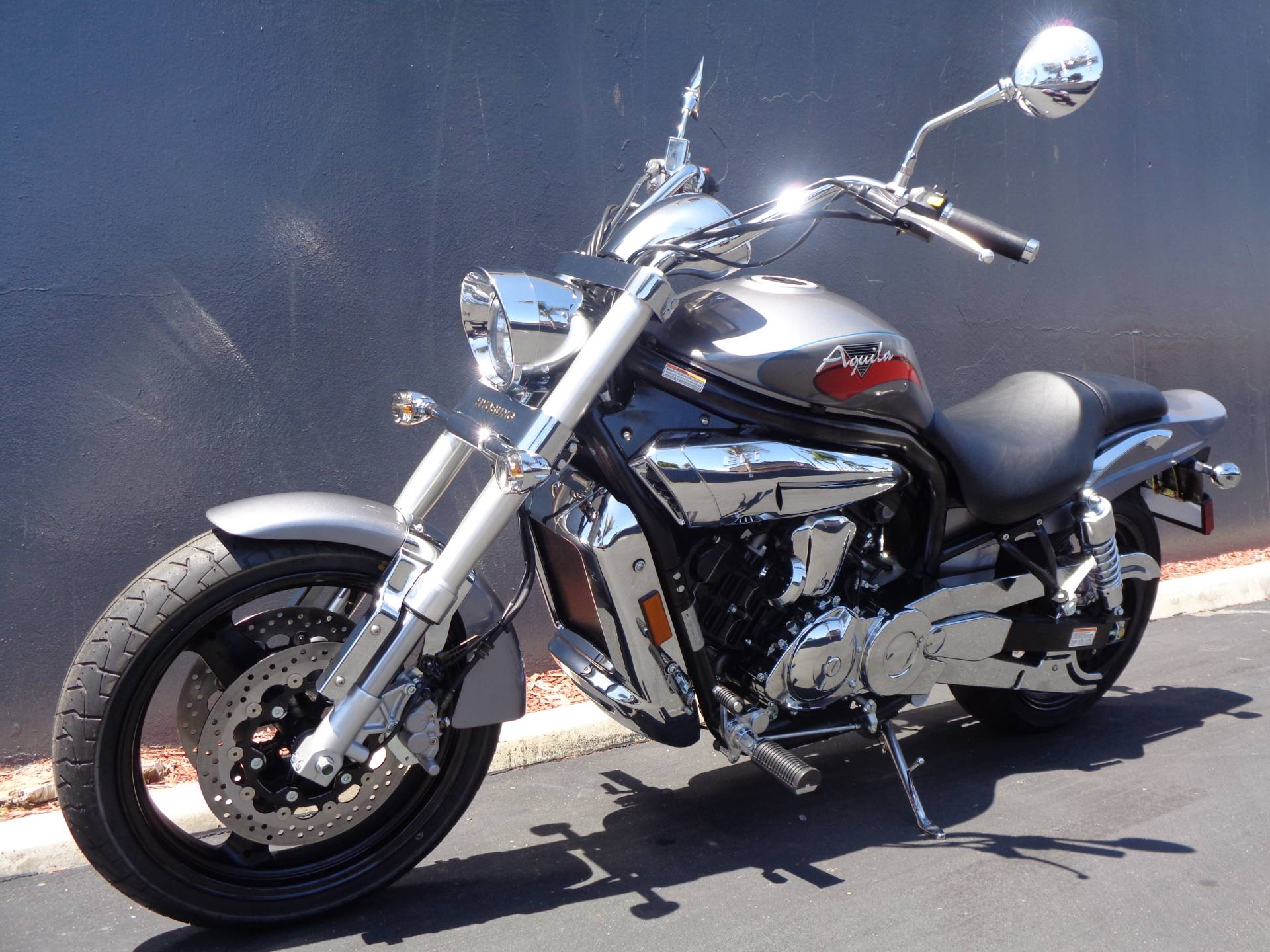 2010 Hyosung GV650 in Chula Vista, California - Photo 14