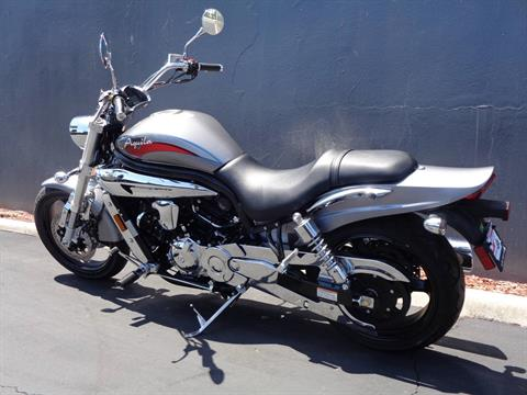2010 Hyosung GV650 in Chula Vista, California - Photo 15