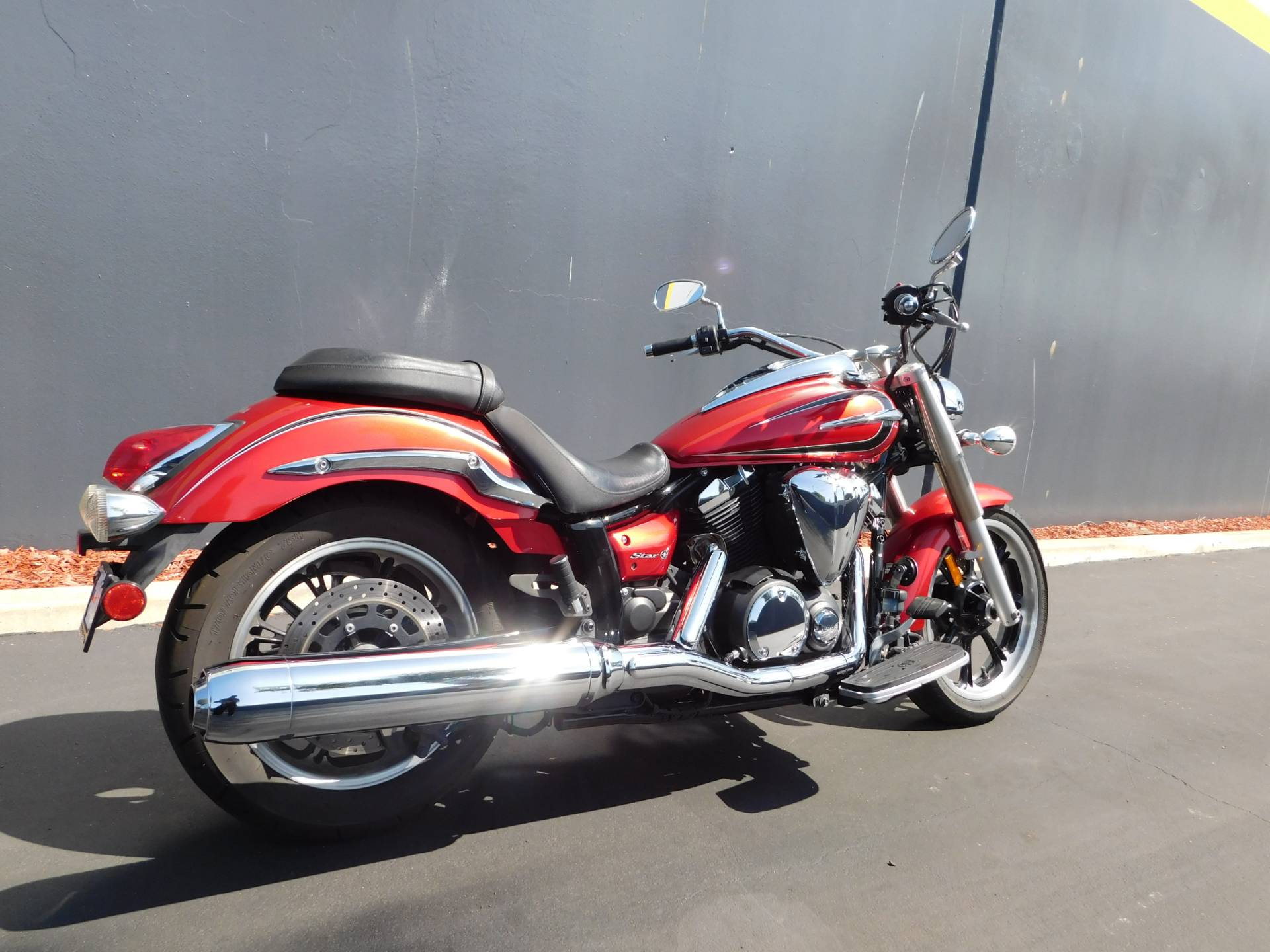 2012 Yamaha V Star 950 in Chula Vista, California - Photo 2