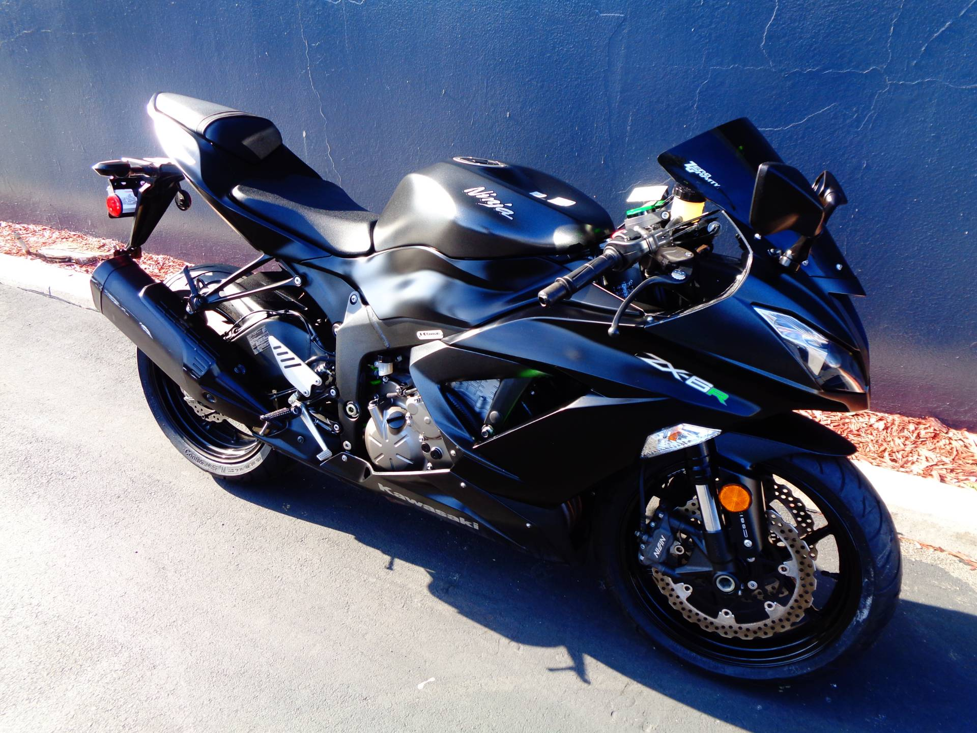 2015 Kawasaki Ninja® ZX™-6R ABS in Chula Vista, California - Photo 2