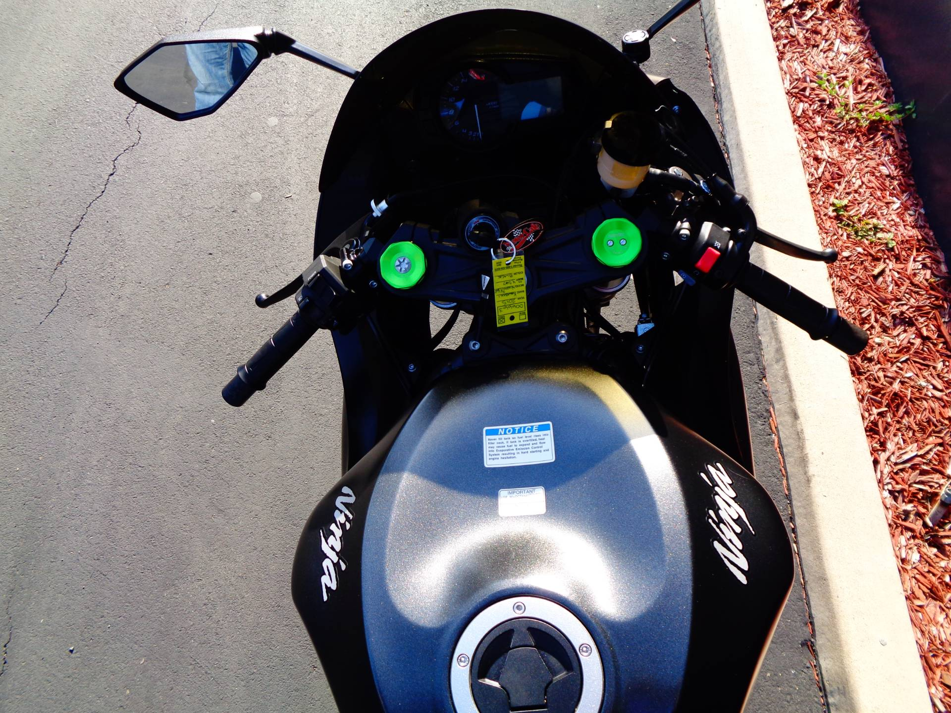 2015 Kawasaki Ninja® ZX™-6R ABS in Chula Vista, California - Photo 29
