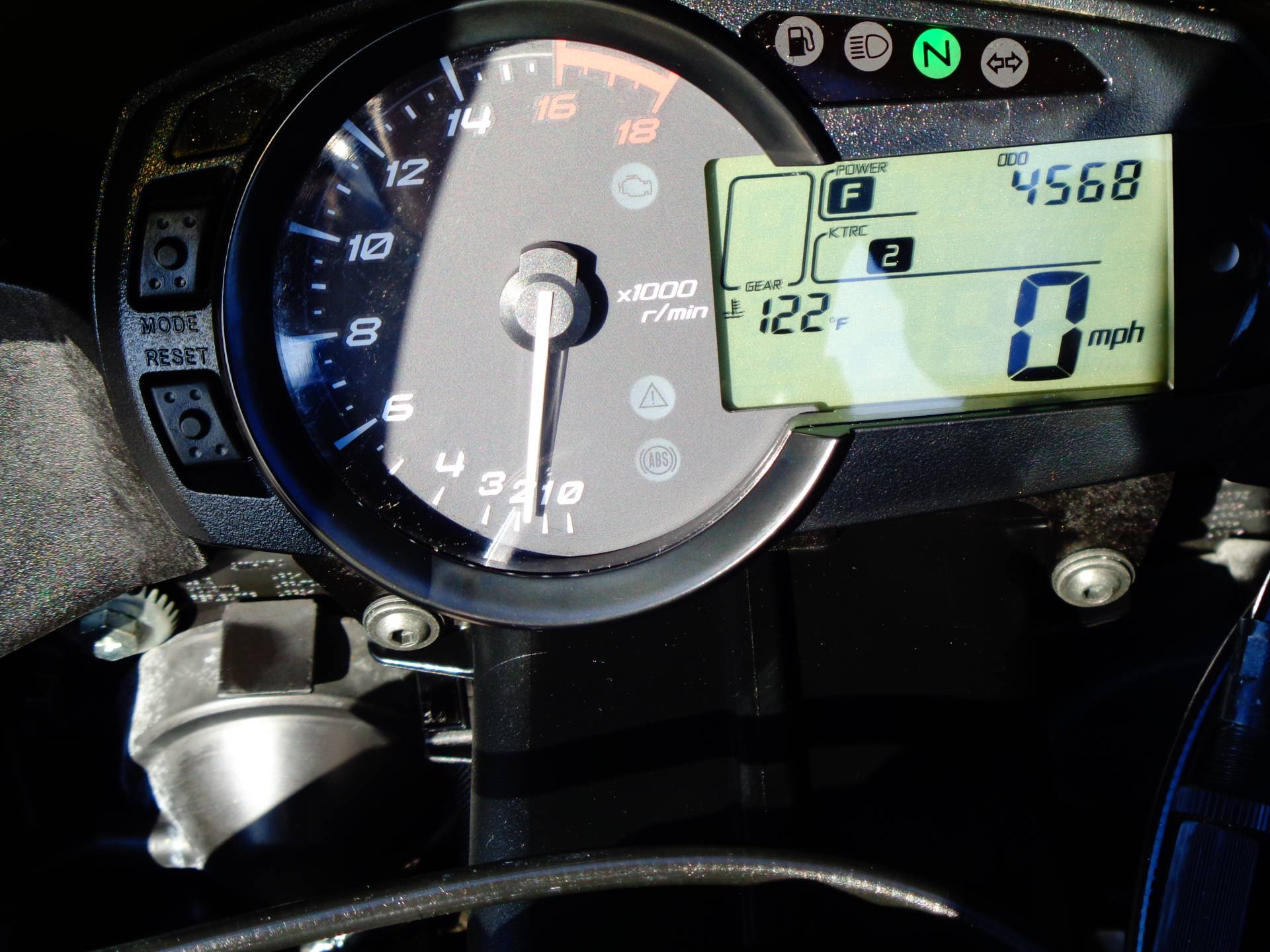 2015 Kawasaki Ninja® ZX™-6R ABS in Chula Vista, California - Photo 31