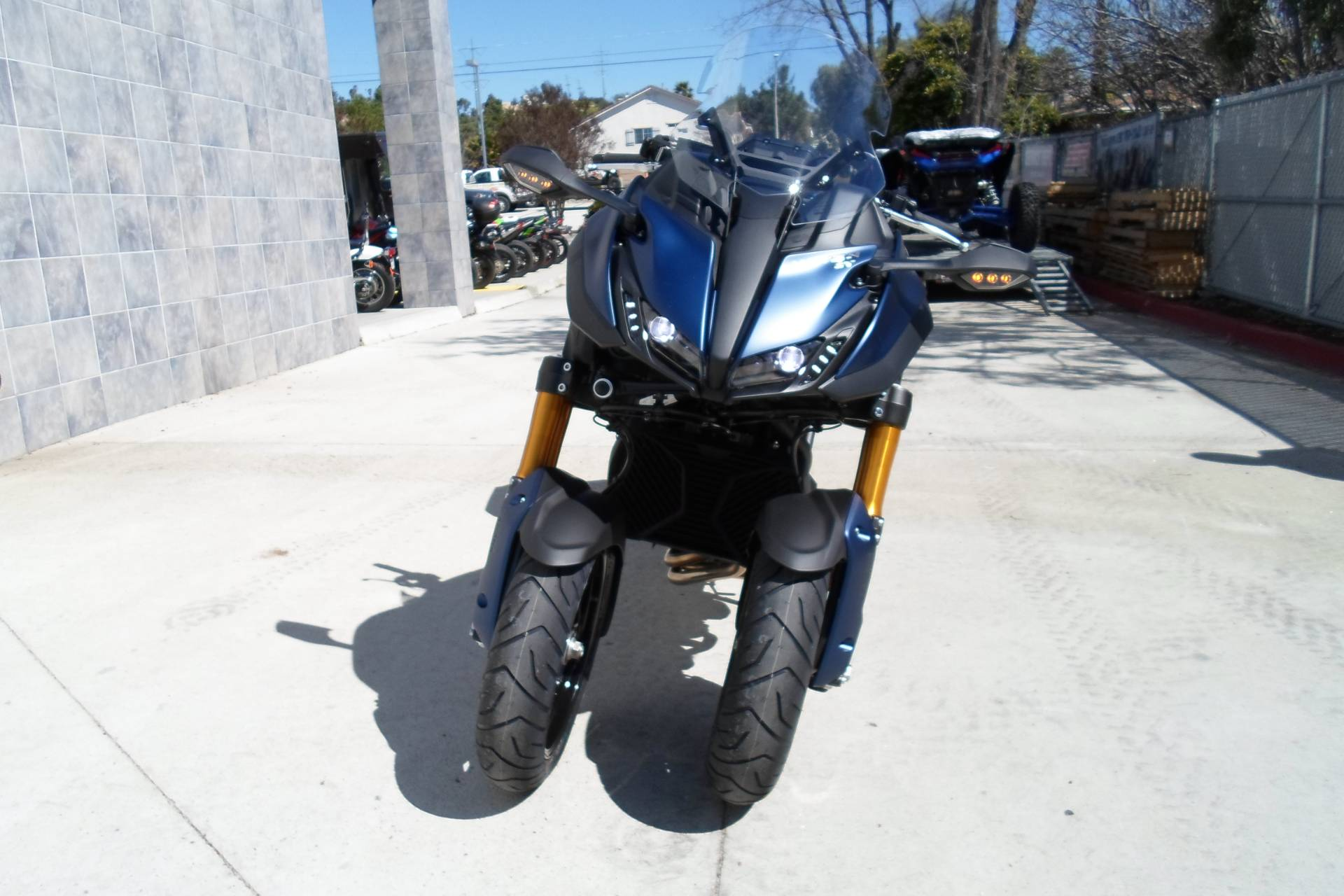 2019 Yamaha Niken GT in San Marcos, California - Photo 6
