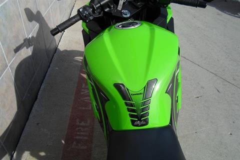 2014 Kawasaki Ninja® 300 SE in San Marcos, California - Photo 10