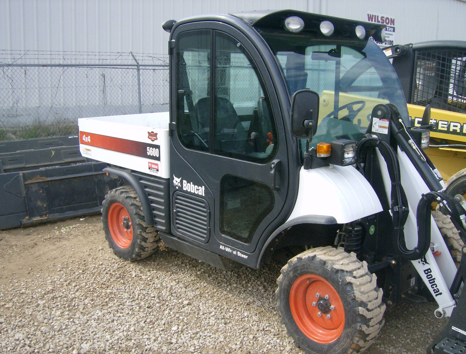 2016 Bobcat Toolcat 5600 in Springfield, Missouri