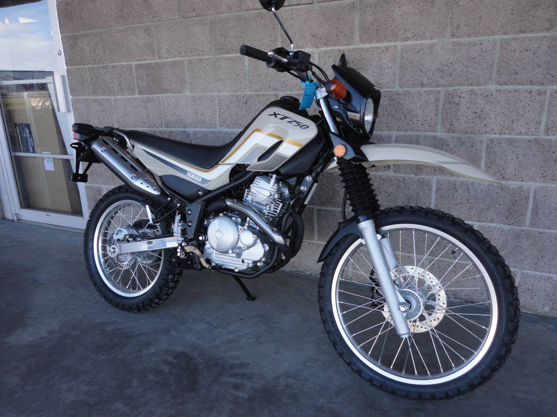 2020 Yamaha XT250 in Denver, Colorado - Photo 12