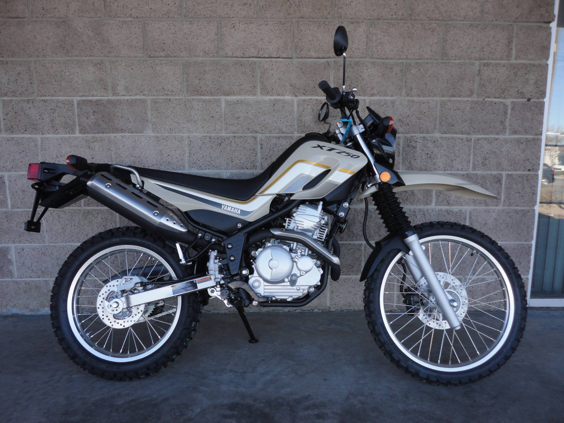 2020 Yamaha XT250 in Denver, Colorado - Photo 13