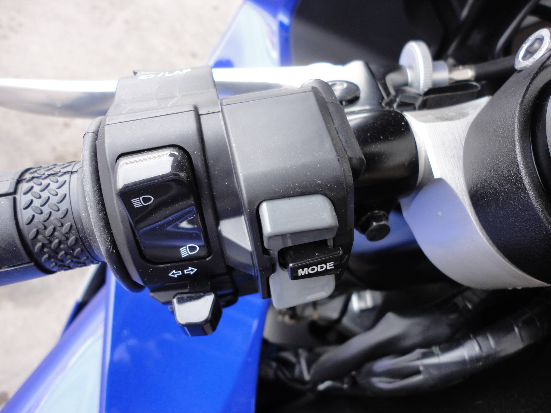 2020 Yamaha YZF-R1 in Denver, Colorado - Photo 10