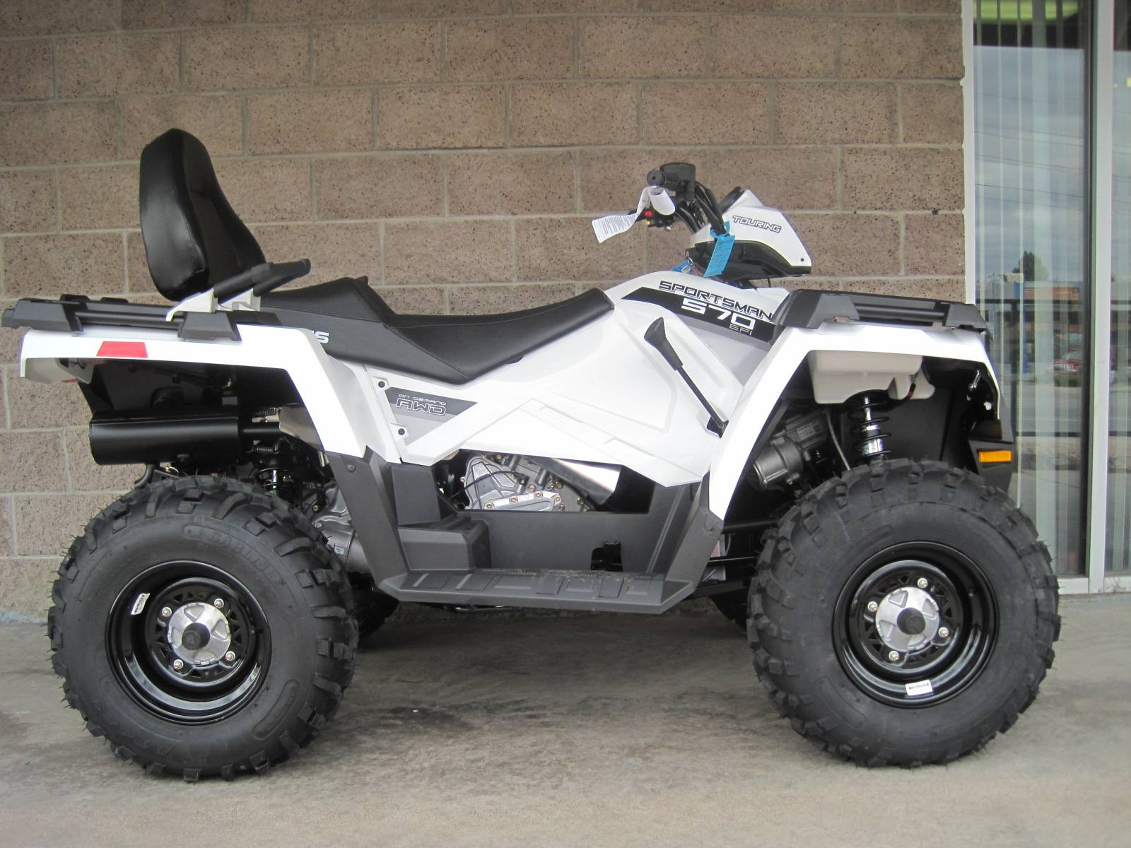 2017 Polaris Sportsman Touring 570 EPS in Denver, Colorado