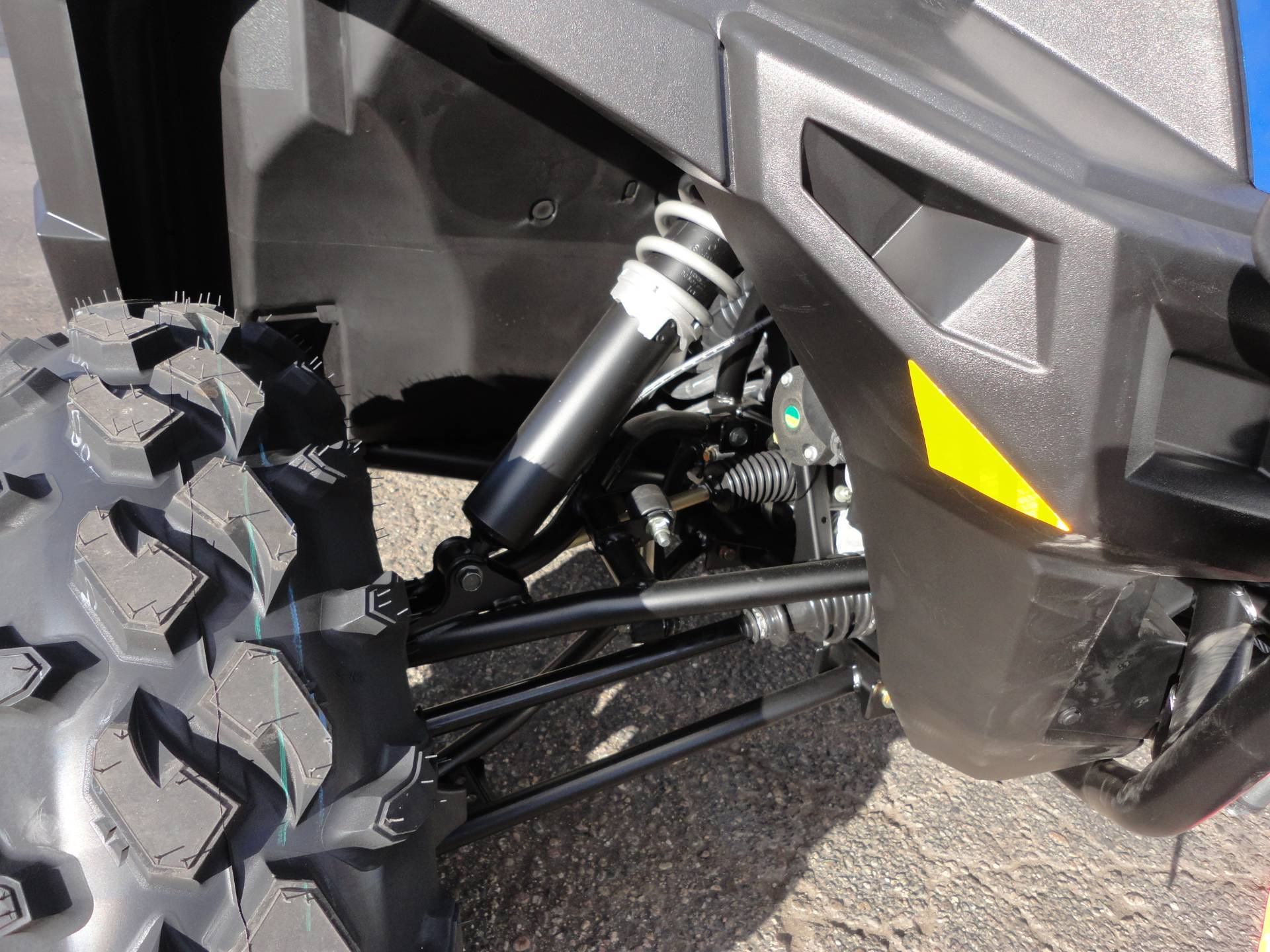2018 Polaris General 1000 EPS Premium in Denver, Colorado