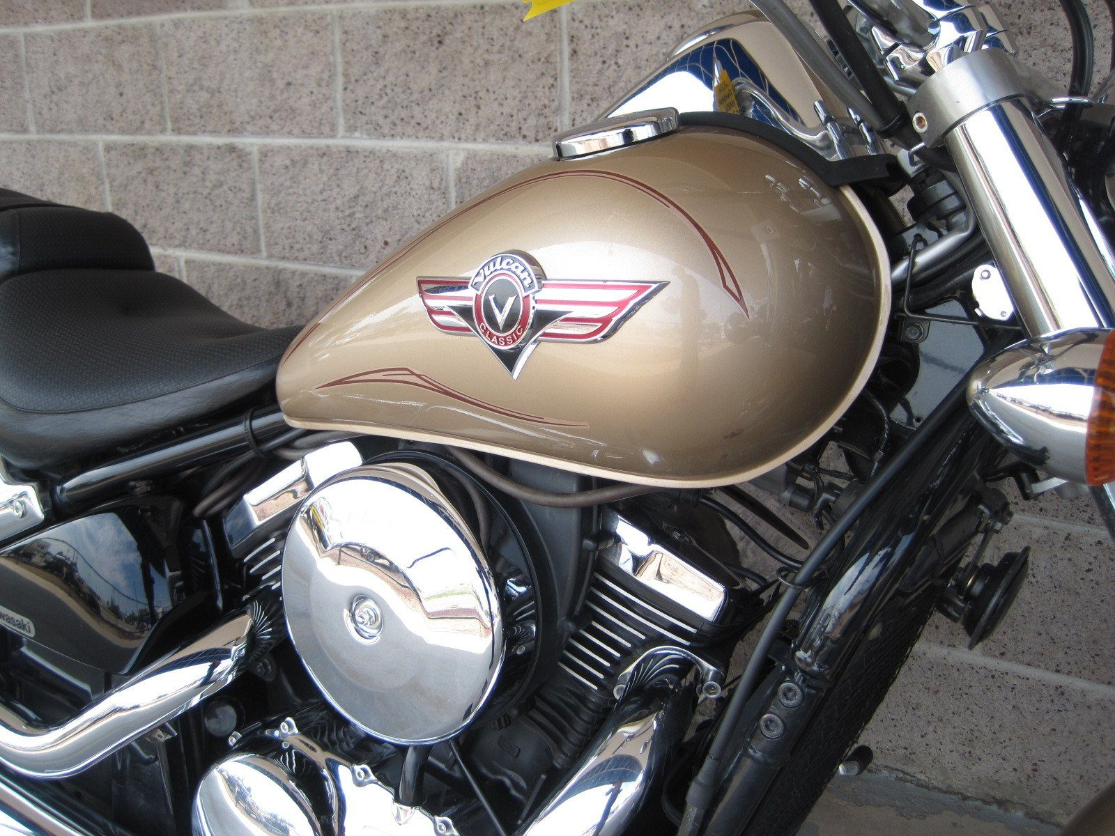 2005 Kawasaki Vulcan® 800 Classic in Denver, Colorado
