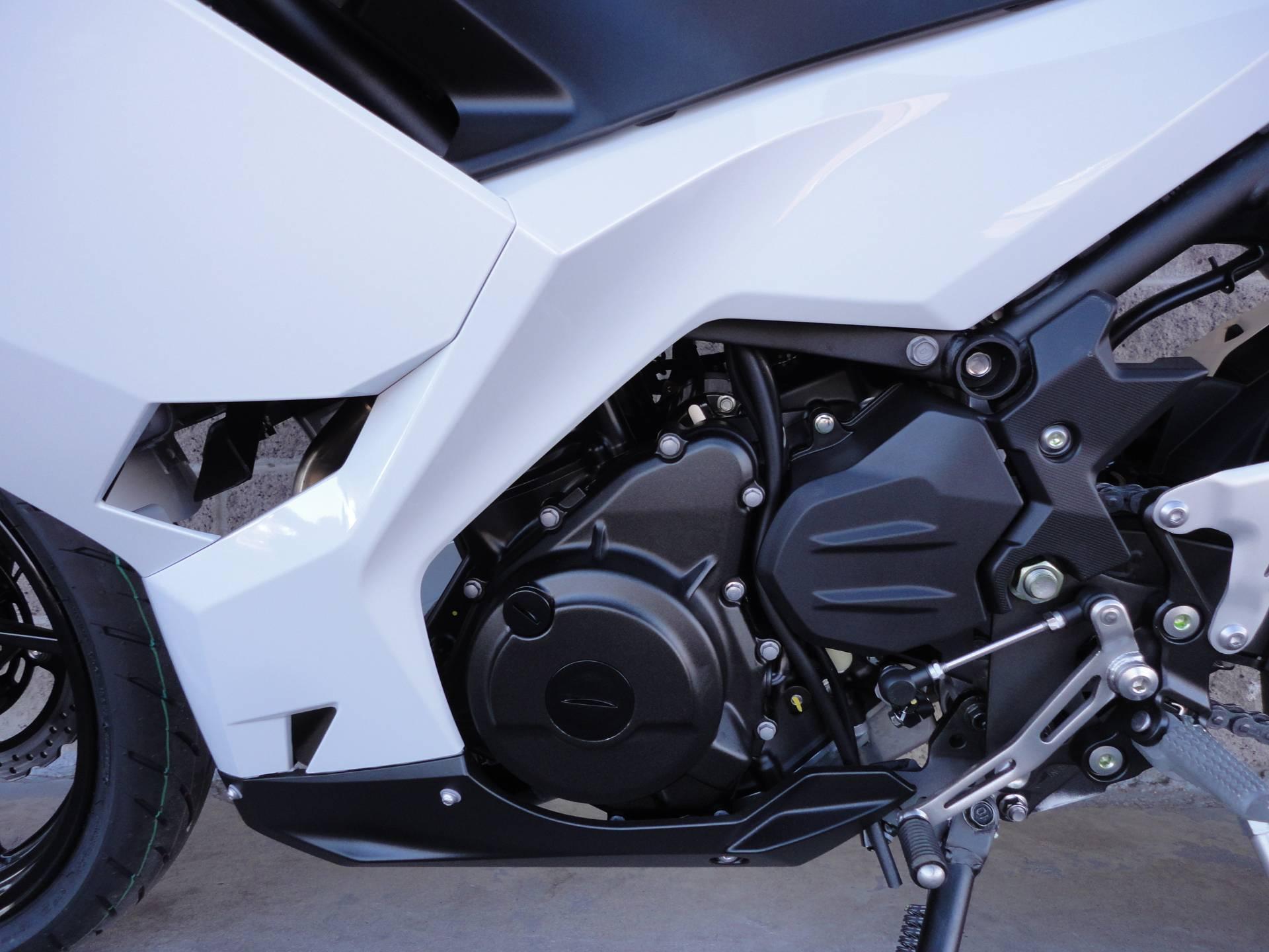 2020 Kawasaki Ninja 400 ABS 5