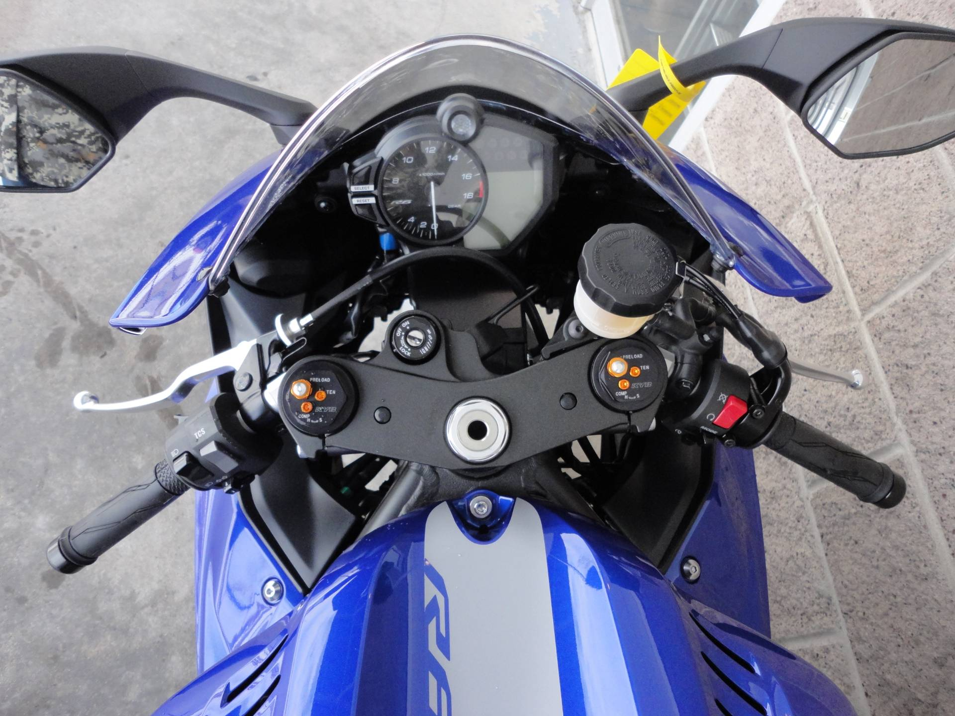 2020 Yamaha YZF-R6 in Denver, Colorado - Photo 9