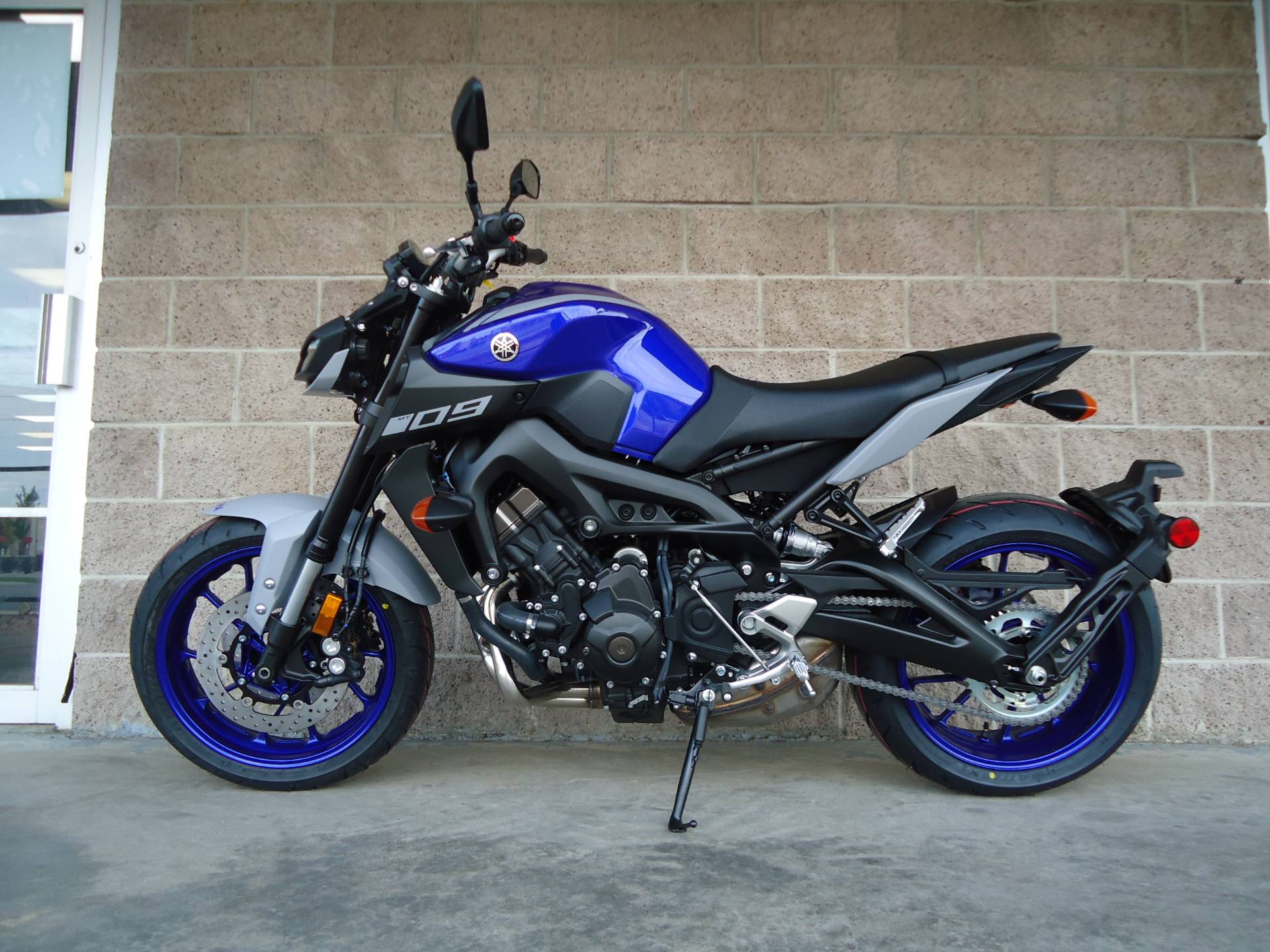 2020 Yamaha MT-09 in Denver, Colorado - Photo 2