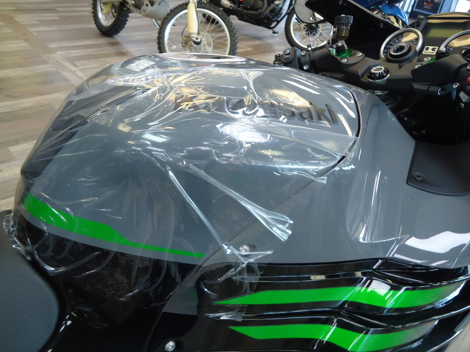 2021 Kawasaki Ninja ZX-14R ABS in Denver, Colorado - Photo 9