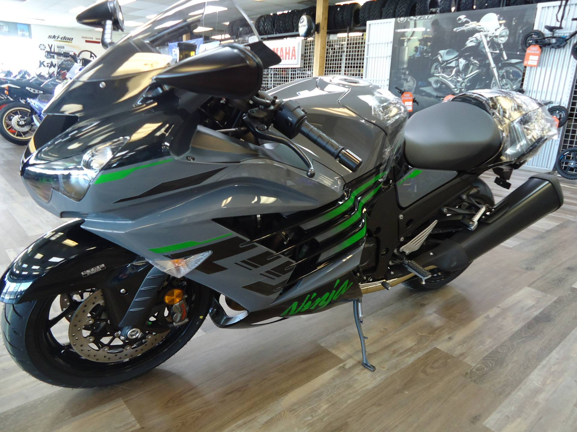 2021 Kawasaki Ninja ZX-14R ABS in Denver, Colorado - Photo 14
