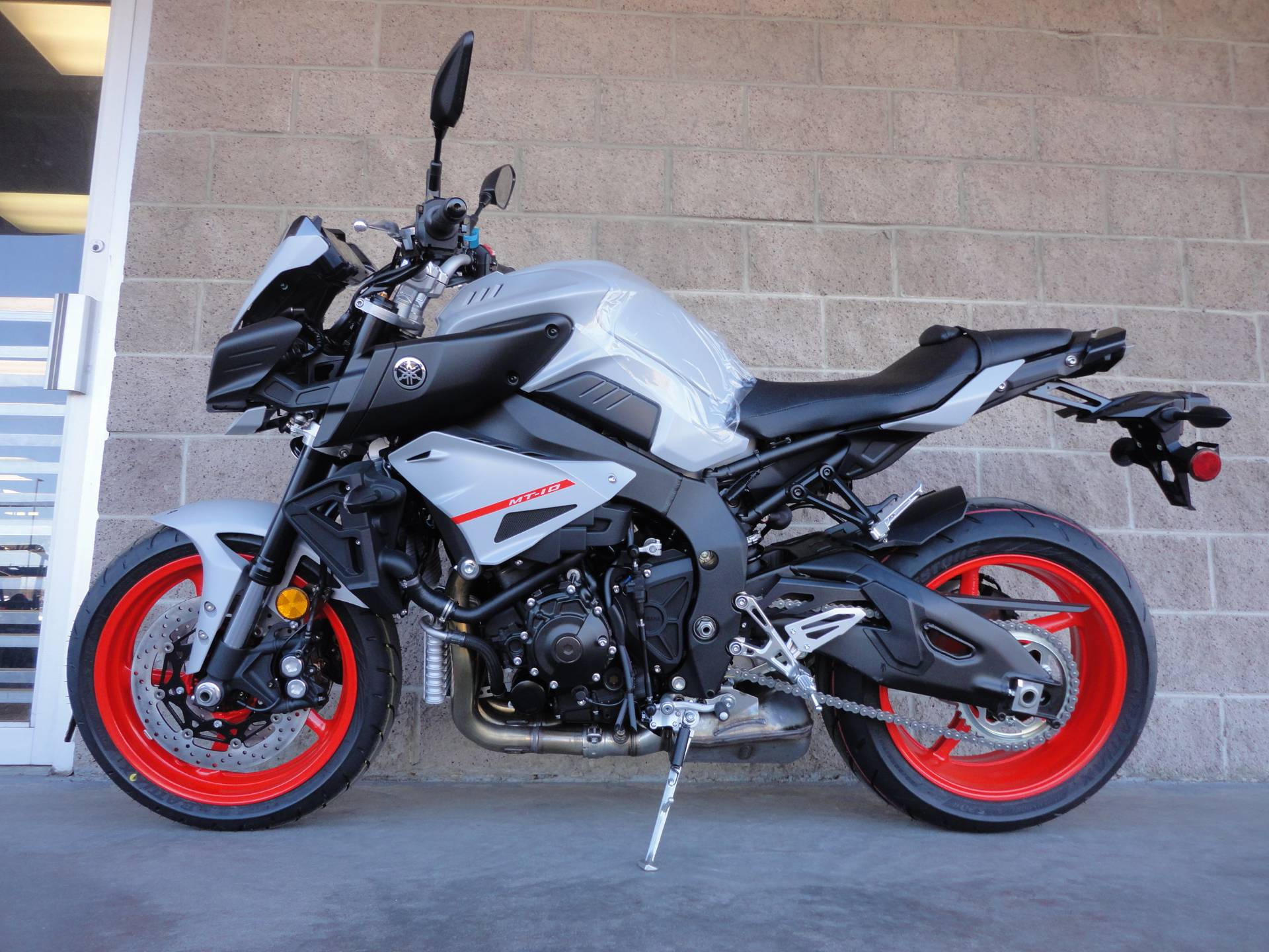 2019 Yamaha MT-10 2