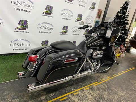 2017 Harley-Davidson Road Glide® Ultra in Blacksburg, South Carolina - Photo 2