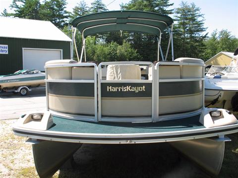 2000 Harris Classic 240 in Center Ossipee, New Hampshire