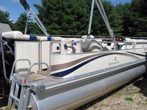 2004 Bennington 2275RL in Center Ossipee, New Hampshire