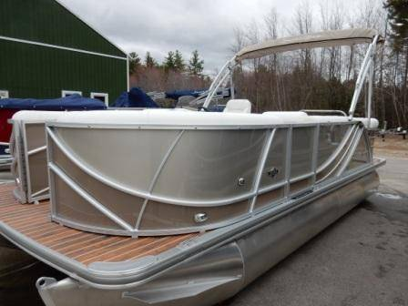 2017 South Bay 519CR in Center Ossipee, New Hampshire